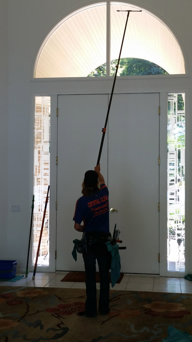West Bloomfield Indoor High Glass Window Cleaning